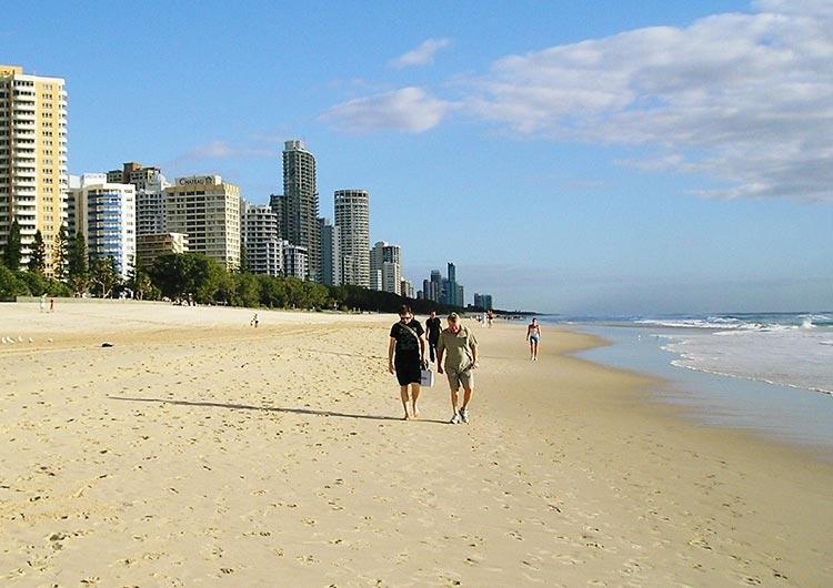 天候の良さと美しいビーチが魅力