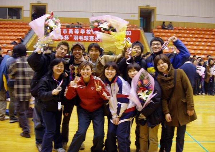 通訳志望の中国人学生たちは、留学生との交流にも積極的