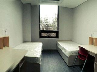 学生寮・2人部屋の例