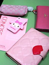 ▲持ち物はピンクで統一!