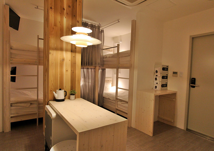 ゲストハウスの4人部屋の例