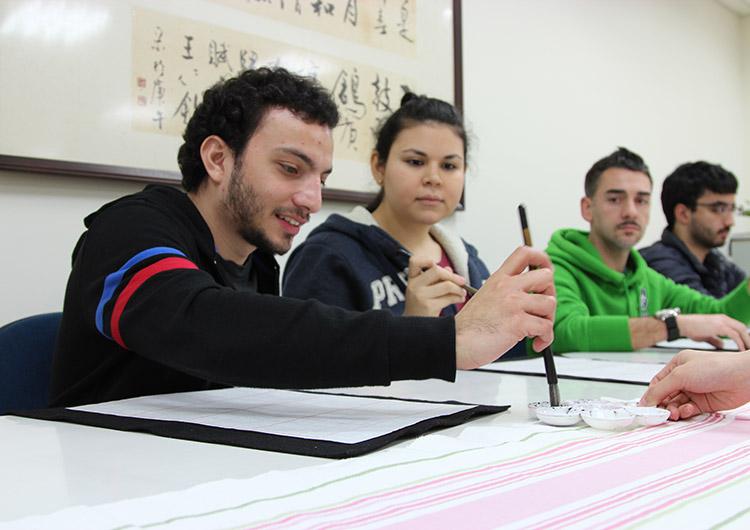 台北キャンパスは語学留学生が多く国際的