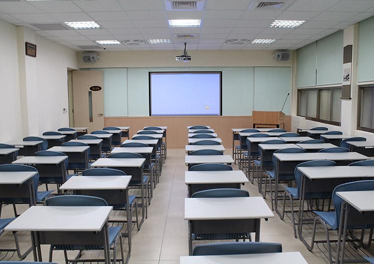 教室の様子です、設備はしっかりしています!